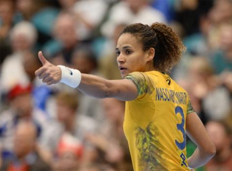 Handebol Feminino Brasil x França (foto:JONATHAN NACKSTRAND / AFP)