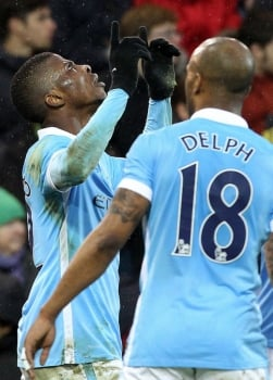 Iheanacho - Norwich x Manchester City (Foto: Lindsey Parnaby / AFP)