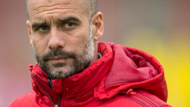 HOME - Treino do Bayern de Munique - Pep Guardiola (Foto: Mathhias Balk/DPA/AFP)