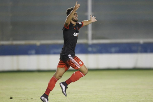 Felipe Vizeu fez o gol da vitória sobre a Cabofriense (Foto: Gilvan de Souza/Flamengo)
