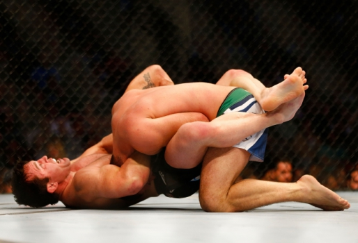 Chael Sonnen finaliza Shogun (FOTO: Getty Images)