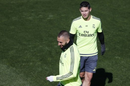 James Rodriguez e Benzema - Treino do Real