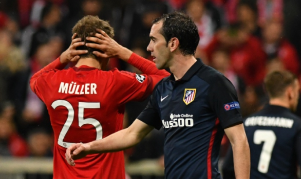 Muller e Godin - Bayern de Munique x Atletico de Madrid