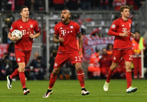 Lewandowski, Vidal e Muller - Bayern de Munique x Atletico de Madrid