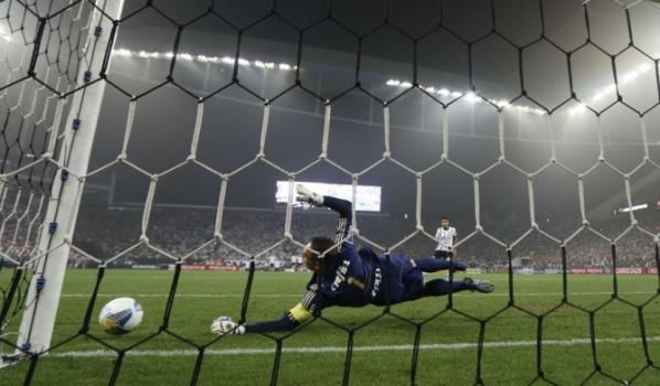 Eliminação Corinthians Arena - Corinthians x Palmeiras (foto Ari  Ferreira LANCE!Press 89e07b8999d32