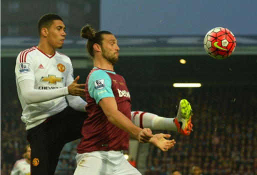 Smalling e Carroll - West Ham x Manchester United