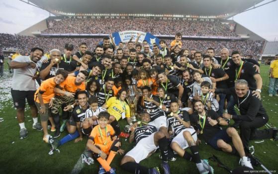 Corinthians tenta repetir campanha de 2015, quando foi hexa brasileiro (Foto: Daniel Augusto Jr)