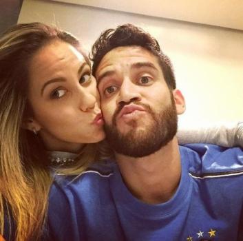 Julia Volpini - namorada do volante Marcelo Oliveira, do Grêmio