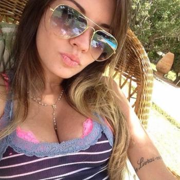 Juliana Paulesini - namorada do atacante Neilton, do Botafogo