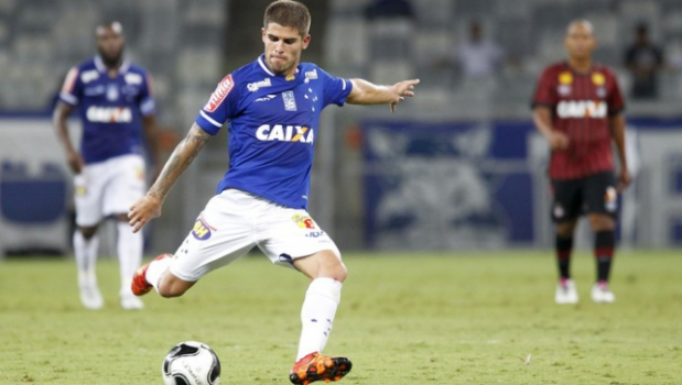 Federico Gino durante jogo pelo Cruzeiro (Foto: Washington Alves/Light Press)