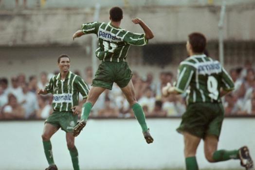 Resultado de imagem para Palmeiras fez história com o ataque poderoso que marcou 102 gols