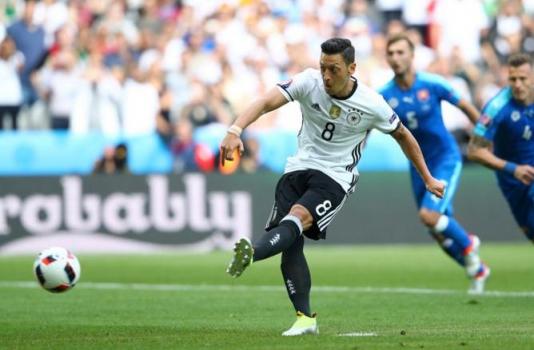 Soberana! Alemanha goleia a Eslováquia e avança sem dificuldades ... 41afd5a8c9422
