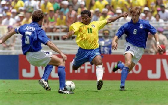 O Brasil, de Romário, disputou a final da Copa contra a Itália, de Baresi