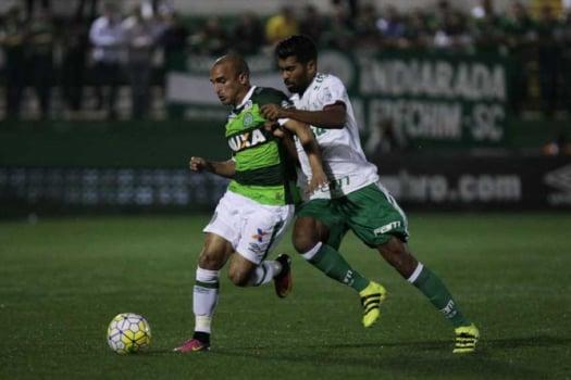 Chape x Palmeiras terá torcida mista e camisas de times liberadas