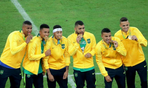 A hora chegou! Neymar e Weverton brilham c7c3b05f5fce1