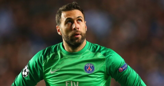 Salvatore Sirigu, do PSG, na mira do Everton