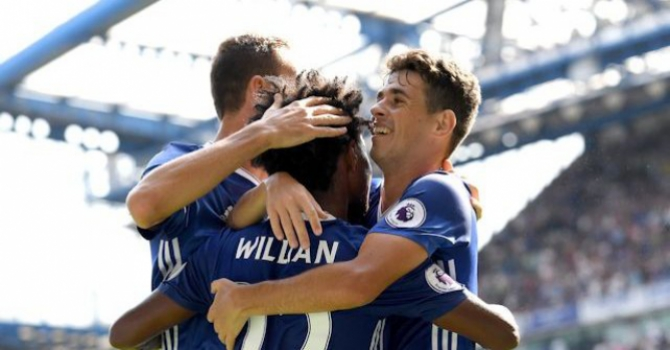 Oscar e Willian - Chelsea x Burnley
