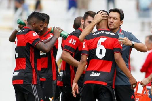Zé Ricardo venceu na estreia contra a Ponte Preta (Rodrico Coca / Divulgação / Flamengo)