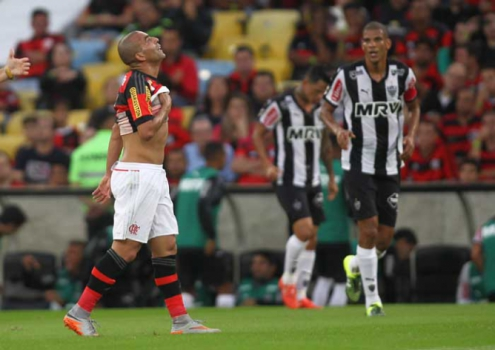 21/06/15 - A derrota do Flamengo por 2 a 0 diante do Atlético-MG
