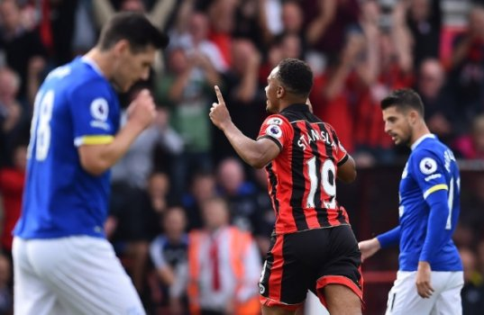 Stanislas - Bournemouth x Everton