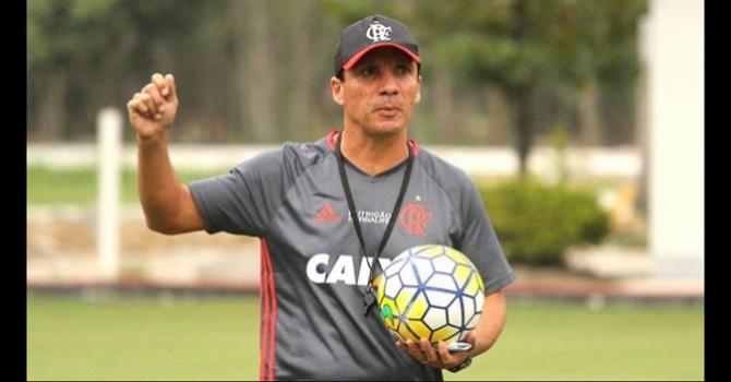 Zé Ricardo ainda era técnico interino no Flamengo