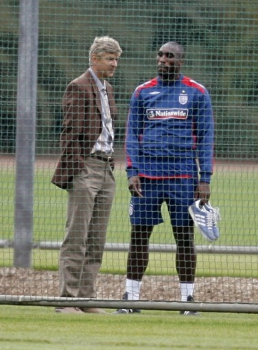 Sol Campbell e Wenger