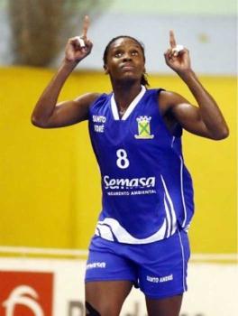 Micaela do basquete