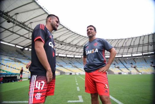 Treino do Flamengo - Vizeu e Zé Ricardo