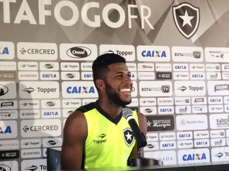 Botafogo recusa propostas do Corinthians por Emerson Santos