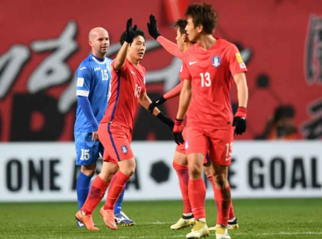 Nam Tae-Hee - Coreia do Sul x Uzbequistão