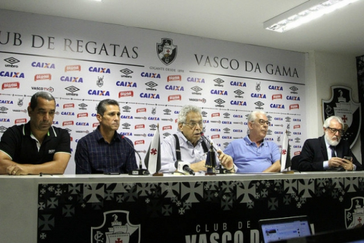 Zinho, Jorginho e diretoria do Vasco
