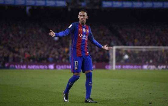 3774b314c8 Neymar ganha camisa autografada de Odell Beckham Jr. Neymar - Barcelona.  (Foto  Josep Lago   AFP). Neymar - Barcelona