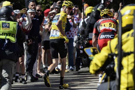 Foto do ano - Christopher Froome correndo sem a bicicleta