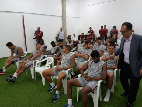 Elenco do Fluminense reunido