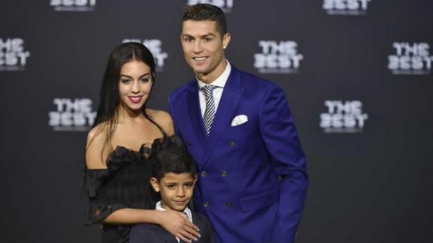 Georgina está grávida de Cristiano Ronaldo, diz imprensa estrangeira