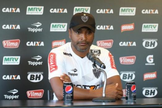 Negociação avança e Flamengo fica perto de anunciar técnico Rueda