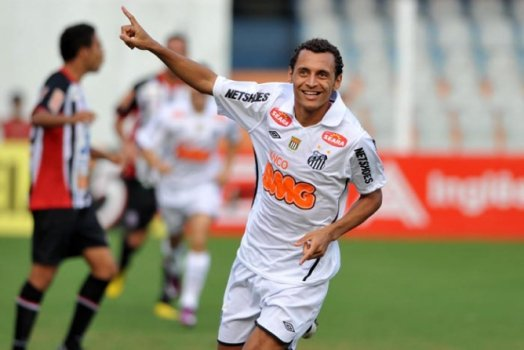 Alan Patrick - Santos 2009/11 - 36 jogos e 6 gols