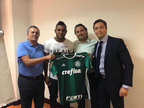Borja postou foto em seu Twitter
