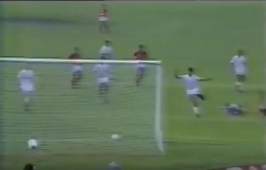 Flamengo 1x0 Internacional - 1987 (Foto: YouTube)