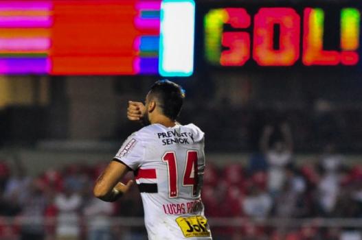 Pratto rejeita vantagem sobre o Palmeiras e analisa duelo com Borja ... 3c8978c0e51e6