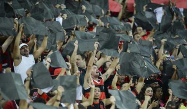 Torcida do Flamengo esgota ingressos para a partida contra Atlético-PR