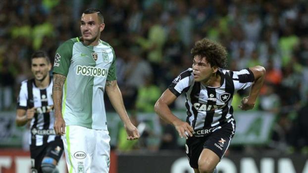 Camilo comemora o primeiro gol