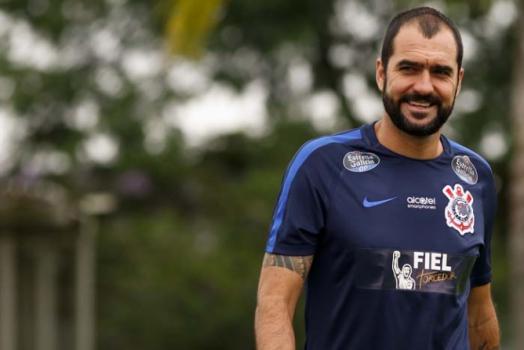 Treino Corinthians - Danilo