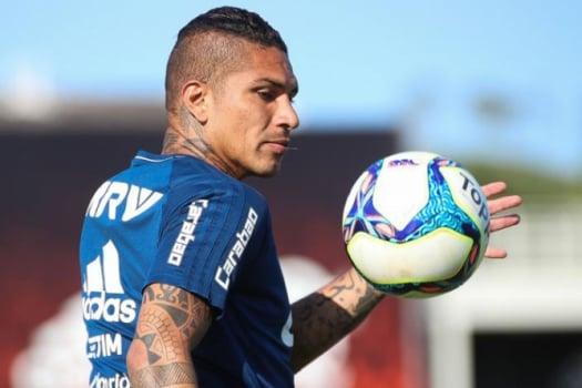 Guerrero projeta duelo contra o Bota e celebra parceria com Trauco