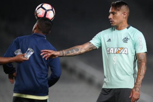 Na luta para apagar semana trágica, Flamengo visita o Atlético-GO