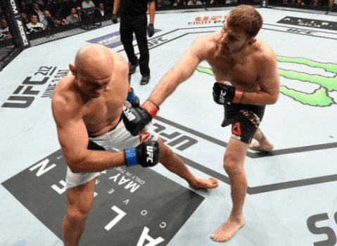 Stipe Miocic venceu Junior Cigano no UFC 211
