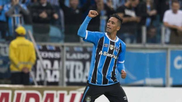 ATUAÇÕES  Barrios brilha e garante vitória do Grêmio sobre o ... de5d8d1e52bca