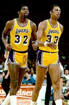 Magic Johnson e Kareem Abdul-Jabbar pelo Los Angeles Lakers