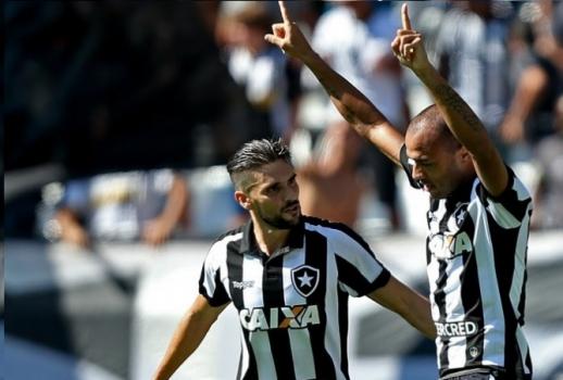 Roger e Rodrigo Pimpão - Chapecoense x Botafogo