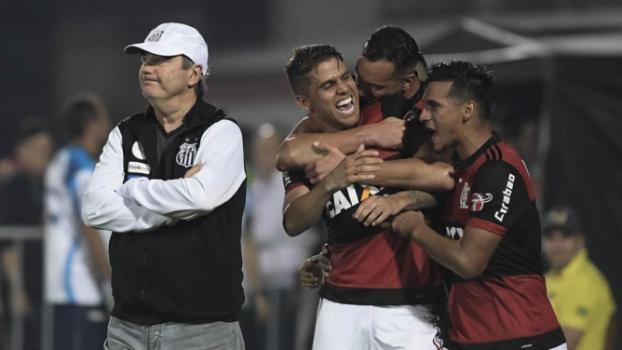 Zé Ricardo vê Flamengo &#39recuperando o ritmo&#39, mas pede pés no chão